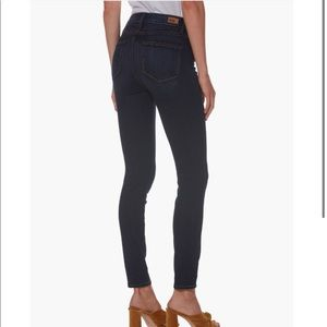 """Paige """"Hoxton"""" Ankle Jeans"""